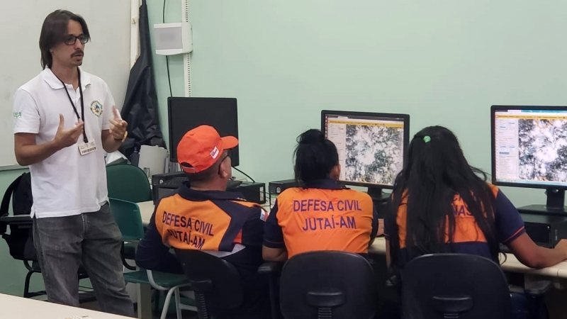 The Cuomo Foundation-Funded Researcher Helps Amazon Civil Defense Agents Improve Their Understanding of Wildfires Using Satellite Technology