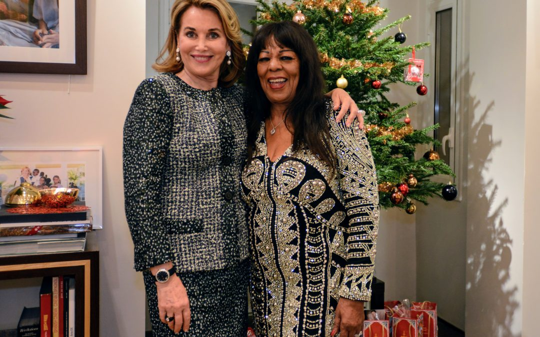 Cuomo Foundation's Christmas Cocktail Featuring Stella Starr